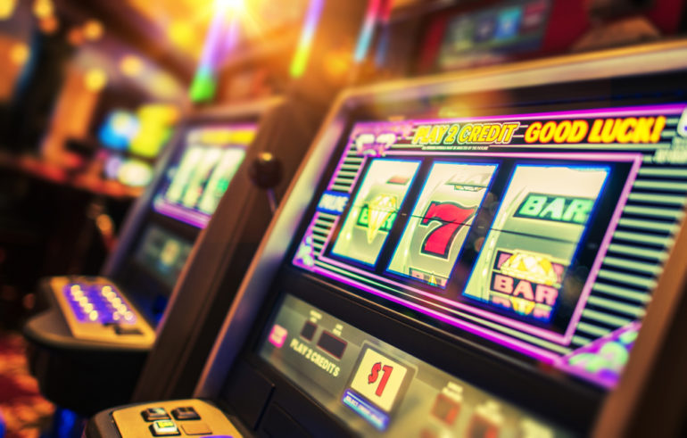 Playing online slot gambling can be without money!